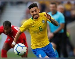 Chelsea handed boost in Alex Telles pursuit?