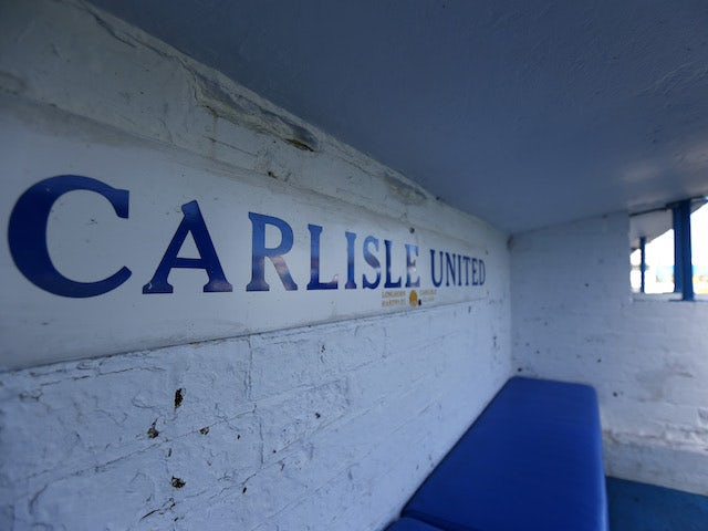 Canice Carroll joins Carlisle on loan from Brentford