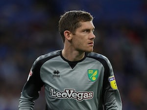 McGovern signs three-year Norwich extension