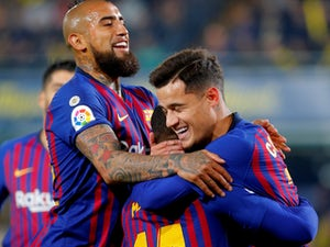 Barcelona rescue late point in eight-goal thriller