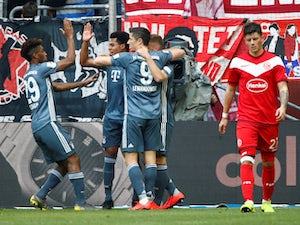 Bayern regain top spot with Fortuna rout