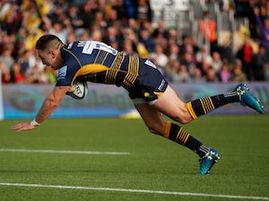 Adams hat-trick helps Worcester steer clear of danger
