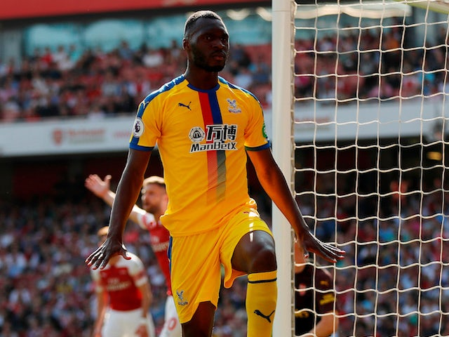 Christian Benteke celebrates opening the scoring during the Premier League game between Arsenal and Crystal Palace on April 21, 2019
