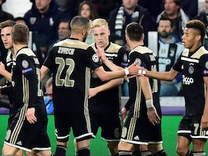 Barca, Real Madrid 'in battle for Van de Beek'