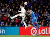 Real Madrid's Gareth Bale challenges Getafe's Mauro Arambarri for the ball in La Liga on April 25, 2019