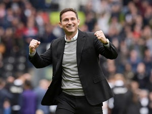 Derby County boss Frank Lampard celebrates reaching the playoffs on May 5, 2019