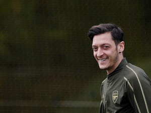 Arsenal fans vote for Ozil, Mkhitaryan, Mustafi to leave