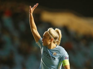 Steph Houghton signs new Manchester City contract to 2022