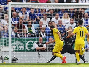 Chelsea clinch third place despite Leicester draw