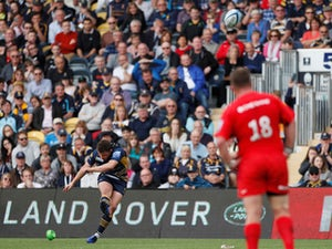 Worcester clinch late win over much-changed Saracens