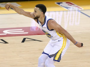 Curry helps Golden State Warriors win game one against Portland Trail Blazers