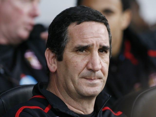 Manchester United Under-23s boss Ricky Sbragia leaves Old Trafford