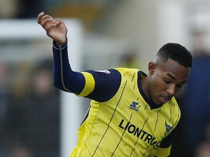 Oxford striker Rob Hall pens one-year extension