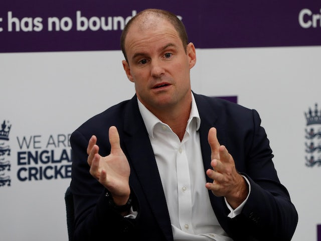 Strauss recalls telling sons about their mother's terminal condition
