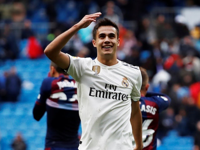 Chelsea 'ahead of Arsenal in Reguilon race'