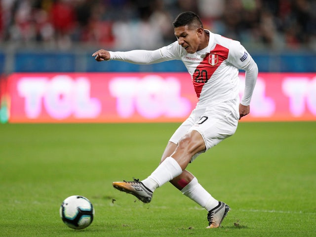 Peru's Edison Flores in action against Chile in the Copa America semi-finals on July 3, 2019