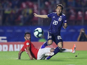 Barcelona want to sign Japan international Abe?