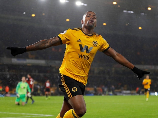 Wolves winger Ivan Cavaleiro joins Fulham on loan
