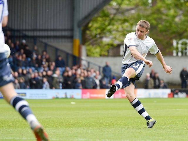 Jordan Rossiter joins Fleetwood on loan from Rangers