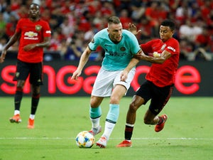 Manchester United 'make £58m Milan Skriniar bid'