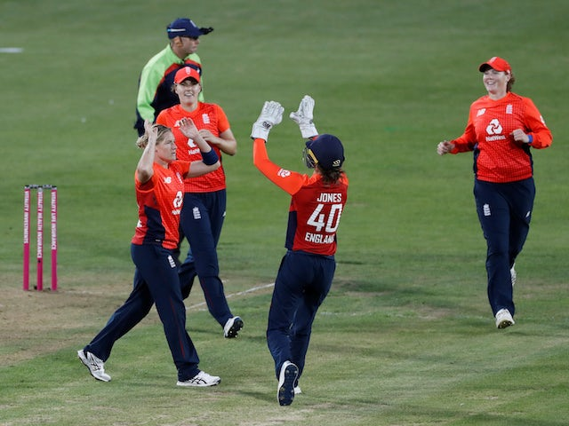 Result: England beat Australia by 17 runs in final Ashes T20