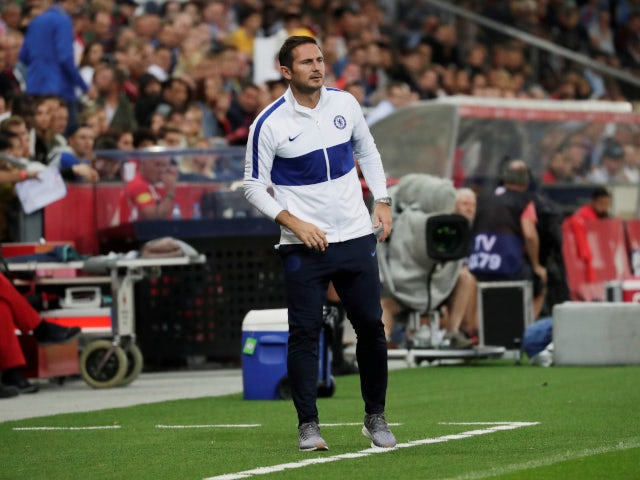 Frank Lampard on the touchline during Chelsea's friendly with Red Bull Salzburg on July 31, 2019.