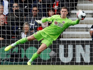 Dean Henderson to sit out game against parent club United