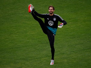 Frankfurt re-sign Kevin Trapp from PSG