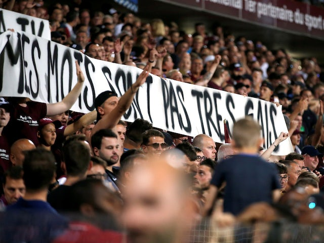 Result: Homophobic banner interrupts match as PSG defeat Metz