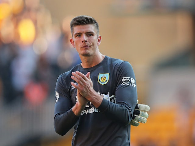 Report: Chelsea eye Burnley goalkeeper Nick Pope