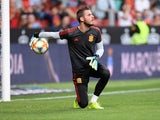 David de Gea warms up for Spain on September 8, 2019