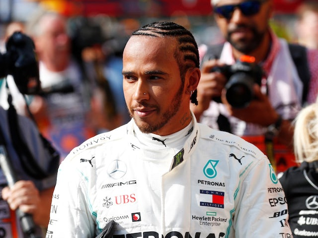 Mercedes apologise to Lewis Hamilton after Singapore error