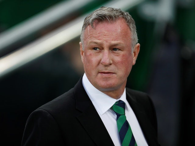 Michael O'Neill heaps pressure on Holland to qualify for Euro 2020