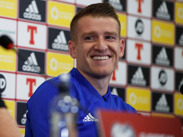 Steven Davis keen to move on from penalty miss ahead of return to Netherlands