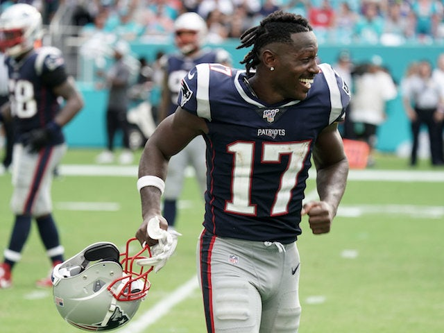 Result: Antonio Brown scores on debut as New England Patriots thrash Dolphins