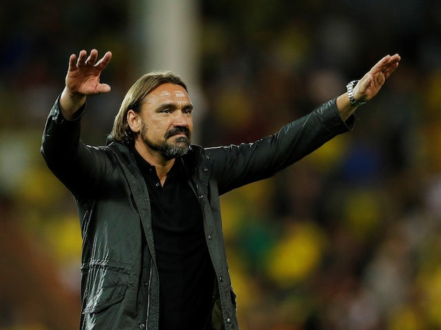 Daniel Farke gestures to the Norwich City fans on September 14, 2019