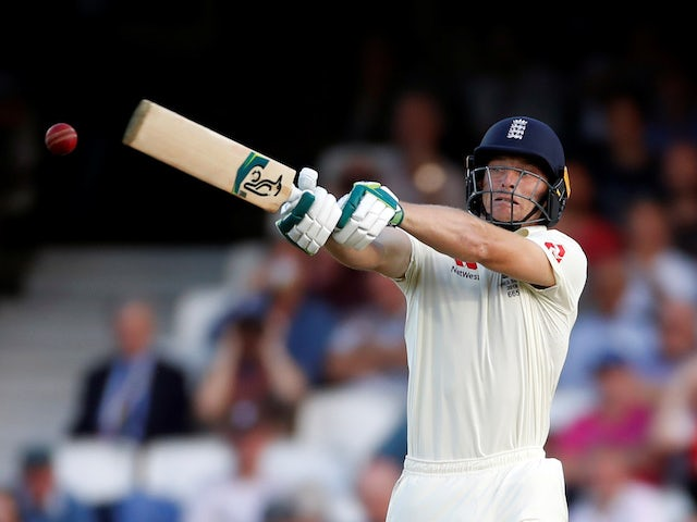 Buttler boosts England after disappointing day with the bat
