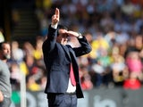 Unai Emery salutes the action during the Premier League game between Watford and Arsenal on September 15, 2019