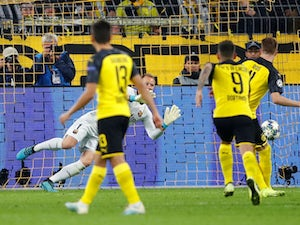 Dortmund miss penalty in draw with Barcelona
