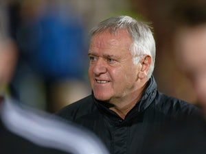 Ex-Hearts manager Jim Jefferies suffers heart attack