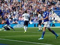 Jamie Vardy celebrates Ricardo Pereira's goal for Leicester City against Tottenham Hotspur on September 21, 2019.