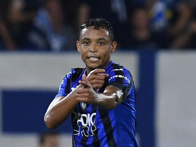 Atalanta's Luis Muriel celebrates scoring their third goal against SPAL on August 25, 2019