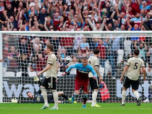West Ham overcome awful Man United at London Stadium