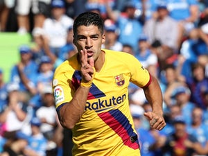 Suarez denies Barca players refused pay cut