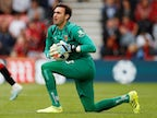 West Ham keeper Roberto moves to Alaves on loan