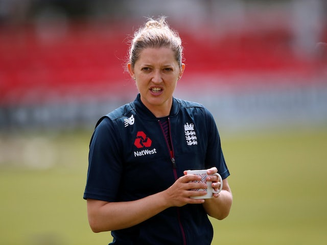 Sarah Taylor announces retirement due to anxiety battle