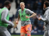 Aden Flint warms up for Cardiff City on October 5, 2019