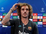 Antoine Griezmann and his hair in action during a Barcelona press conference on October 1, 2019