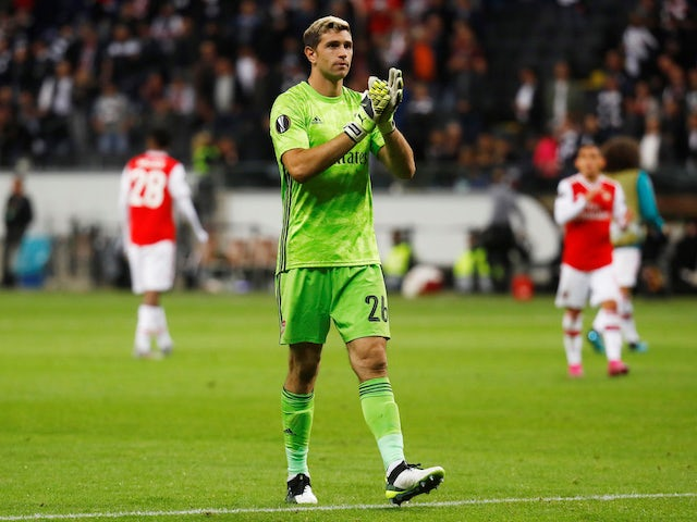 Arsenal 'open to Emiliano Martinez sale'