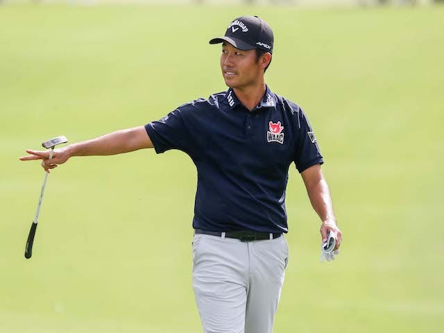 Kevin Na leads in Las Vegas after career-low score